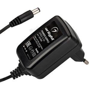 Блоки питания / AC/DC источники напряжения 5V / сетевые адаптеры с гарантией качества и по лучшей цене